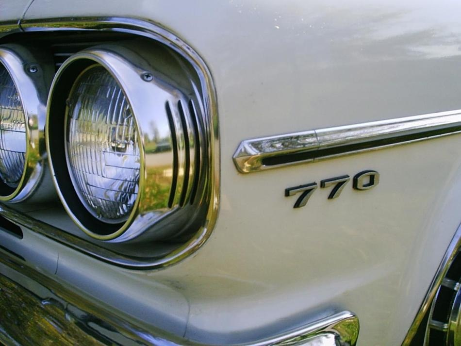 1965 AMC Rambler Classic with sealed headlamps (in use from 1940-1984, before the advent of composite headlamp assemblies with replaceable bulbs). Photo Credit: Christopher Ziemnowicz