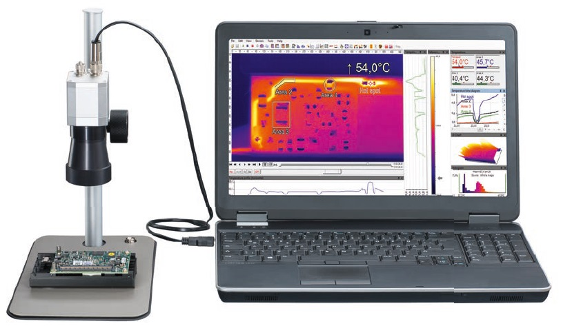 Measurement of hard disk electronics with microscope optics. The license-free software PIX Connect works as an analysis tool.