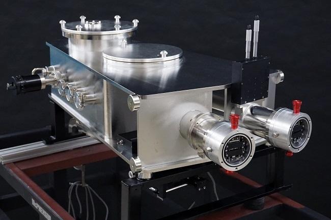 Imaging spectrometer for VUV