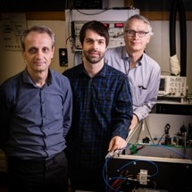 Scientists Succeed in Generating Ultrashort Terahertz Light Pulses