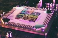 Researchers Integrate Complex Optical System into Silicon Photonic Chip